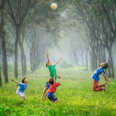 Niños bailones y que les guste el fútbol para programa de TVE