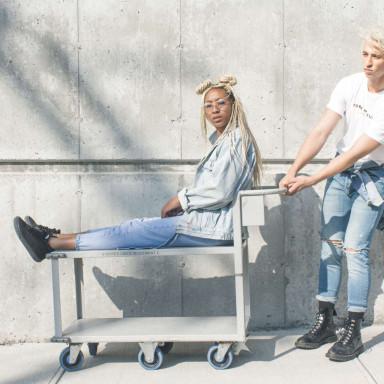 Modelos para sesión de fotos de marca de maletas